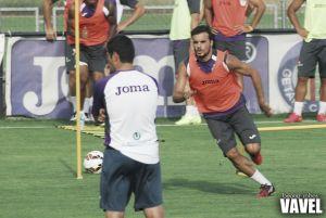 Pedro León y Álvaro Vázquez, convocados ante el Levante