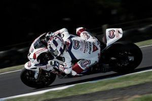 """Leon Haslam: """"Desarrollamos la moto para luchar de nuevo por los puestos de podio"""""""