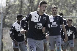 César Montes sería baja ante Chivas