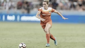 Houston Dash re-sign two, welcome a third