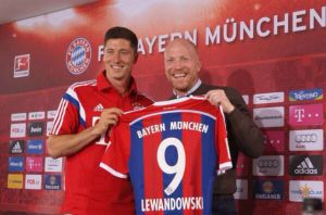 VIDEO Il Bayern cade, ma che gol Lewandowski