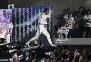 """Lewis Hamilton: """"Ha sido la carrera más larga de mi vida, me alegro de que haya terminado"""""""