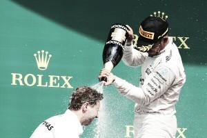 """Lewis Hamilton: """"Esta victoria es la mejor manera de irme de vacaciones"""""""