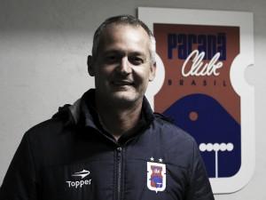 Antes de partida decisiva pela Primeira Liga, Paraná Clube anuncia saída do treinador Lisca