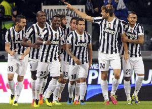 La Juve domina il Napoli e si avvicina alla Roma