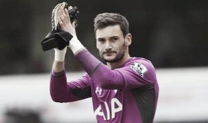 Hugo Lloris drops hint about move to United