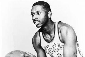 Muere Earl Lloyd, el primer jugador negro de la NBA