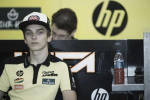 Luca Marini ficha por Forward Racing