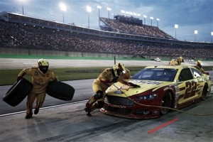 VAVEL NASCAR Pick 'Em: Quaker State 400 at Kentucky Speedway