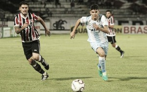 Em posições opostas, Londrina e Santa Cruz duelam para recuperar boa fase