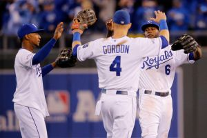 Royals Storm Back To Take Game 6, Tie Series 3-3