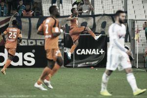 Lorient aproveita falhas defensivas do Marseille e vence jogo de oito gols