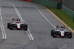 Haas cuenta los días para que los coches vuelvan al asfalto