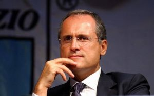 Lazio nella bufera, i tifosi contestano Lotito