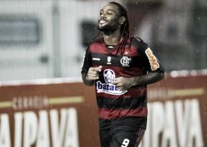 Recordar é viver: Em 2010, Flamengo goleou Macaé pela abertura da Taça Rio