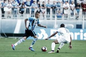 Jogadores do Grêmio lamentam tropeço diante do Veranópolis