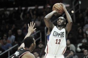 Luc Mbah a Moute joins the Houston Rockets