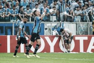 Grêmio vence Botafogo e retorna à semifinal da Libertadores após oito anos