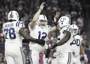 Los Colts salen vivos de Houston
