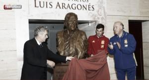 Luis Aragonés, memoria de bronce
