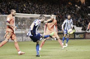 Riazor se rinde ante un Messi implacable