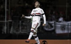 Lille oficializa Luiz Araújo como primeiro reforço da era Marcelo Bielsa