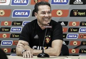 Vanderlei Luxemburgo exalta elenco e postura do Sport depois de vitória