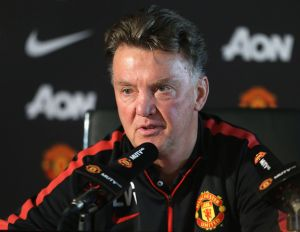 Louis van Gaal provides Manchester United injury update
