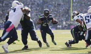 Marshawn Lynch lleva a los Seahawks hacia la victoria sobre unos aguerridos Titans