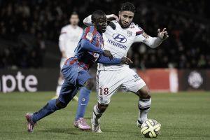 Lyon encara desesperado Caen para seguir próximo ao líder PSG