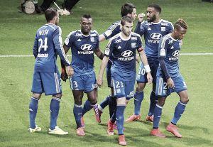Lyon supera Reims e assume liderança no fim da 34ª rodada na Ligue 1