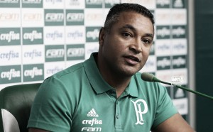 """Roger aprova time alternativo em vitória do Palmeiras: """"É importante para gerir o grupo """""""