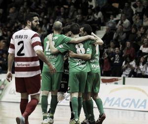El Magna le gana la primera batalla al Palma Futsal