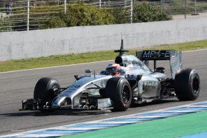 Magnussen asombra a todos en la tercera jornada de tests en Jerez