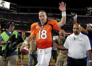 Manning y sus Broncos eclipsan a los Ravens en el partido inaugural