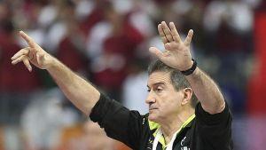 """Manolo Cadenas: """"Ganar el partido en el primer tiempo demuestra la calidad del grupo"""""""