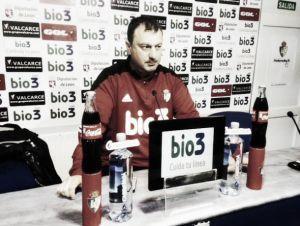 """Manolo Díaz:""""Hasta ahora el equipo está funcionando bien y los jugadores están muy metidos"""""""