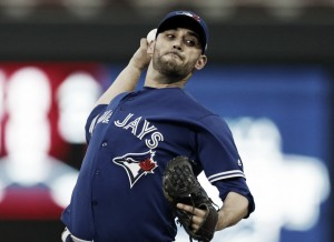 Estrada throws eight efficient innings, Donaldson homers twice in Blue Jays' dominant win over Twins