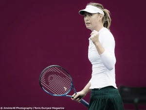 WTA Tianjin: Maria Sharapova storms past Peng Shuai in clinical display
