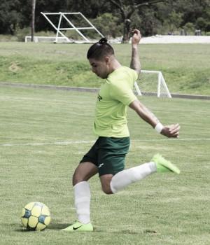 """Adrián Marín: """"Queremos ascender, queremos estar en primera división"""""""