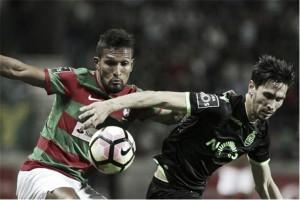 Sporting empata con Marítimo y se hunde