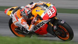Sepang: Marquez in pole, Rossi 2°