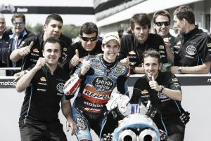 Álex Márquez se lleva una 'pole' caótica en Brno