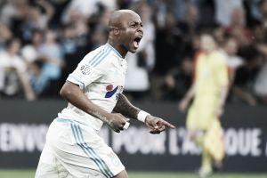 Marseille vira sobre Monaco no confronto direto e segue vivo na disputa por uma vaga na UCL
