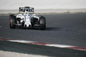 F1. Test Barcellona 2. Day 1. Vola la Williams. Rottura per la Mercedes