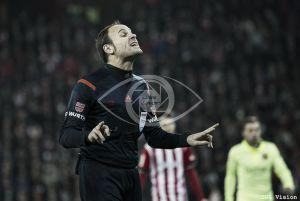 Mateu Lahoz muestra al Athletic la primera roja directa de la temporada
