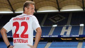 Ostrzolek swaps Augsburg for Hamburg