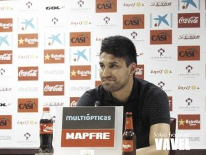 Mauro Dos Santos, presentado como jugador de la UD Almería