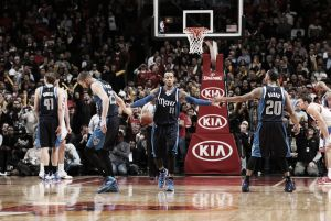 Dallas Mavericks triunfa en una épica batalla de apoteósico final