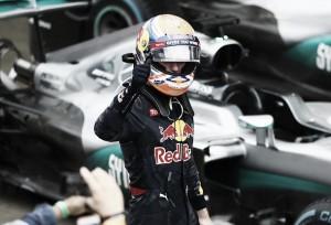 """Max Verstappen: """"Abu Dhabi es bastante diferente"""""""